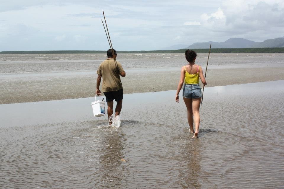 kuku yalanji aboriginal cultural tours fishing daintree rainforest spearing