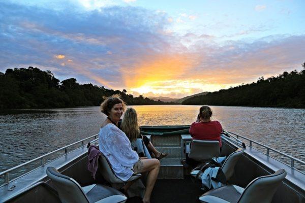 mossman daintree river tourist map crocodiles birds fishing art galleries